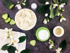 Are natural cosmetics safer for sensitive skin