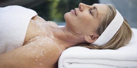 Wat is menopauze en wat zijn de symptomen in het lichaam en op de huid