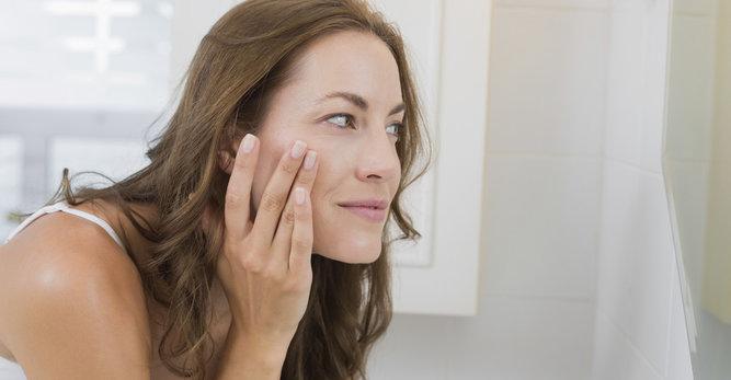Wat is acné en hoe kun je acné behandelen