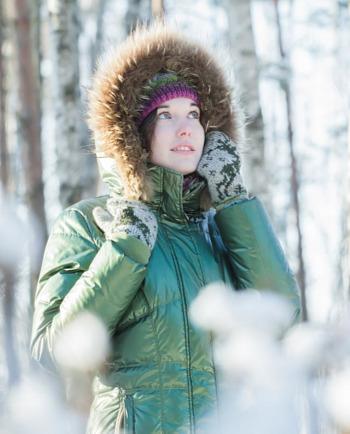 Hoe verzorg je de droge huid met neiging tot acné in de winter