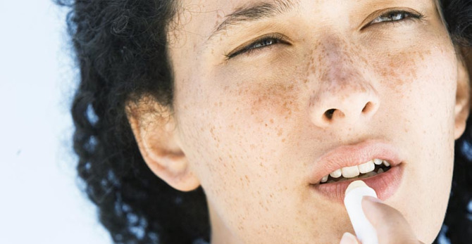 Droge lippen verzorgen: tips en tricks