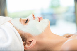 How-to-get-smooth-glowing-skin-with-a-hydrating-face-mask