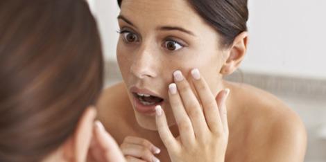 Hoe ontstaat een vlekkerige huid en wat kun je er tegen doen?