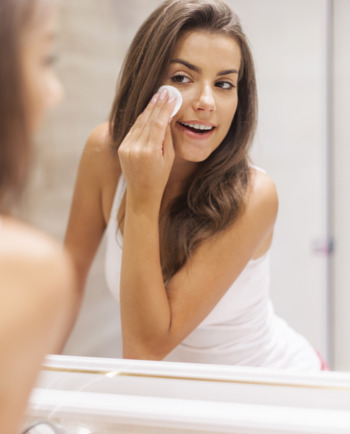 Puistjes en onzuiverheden: huidverzorging afhankelijk van huidskleur